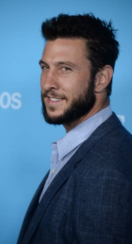Pablo Schreiber to play Master Chief in Showtime's 'Halo